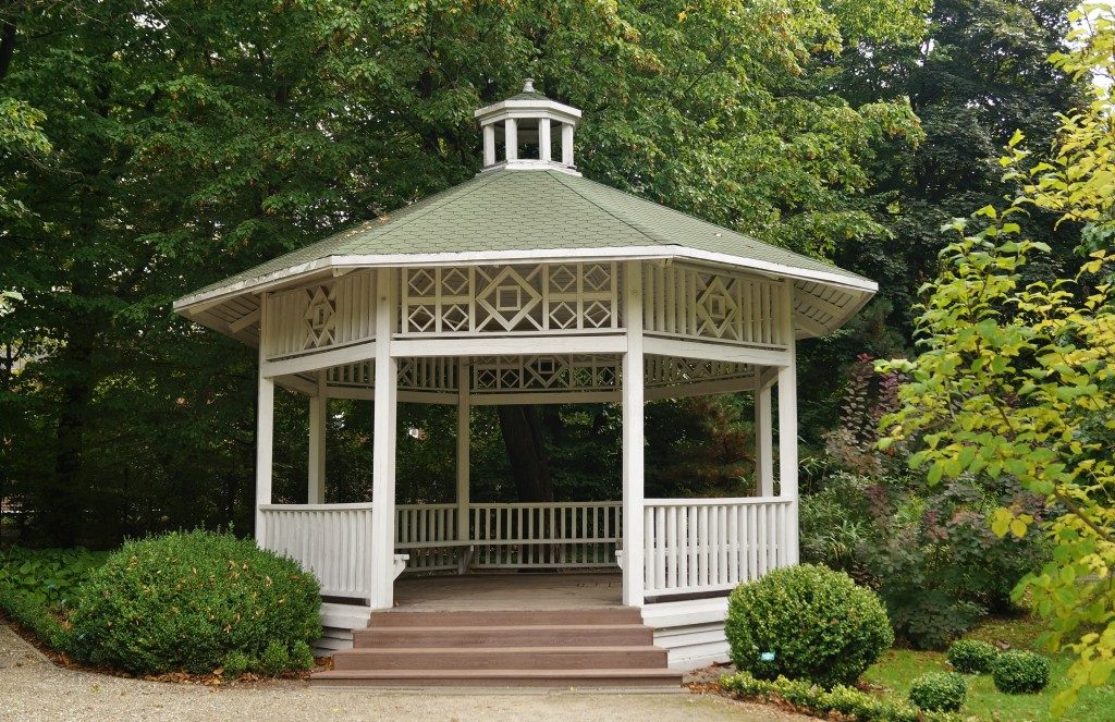 Gazebo, pergola in parks and gardens